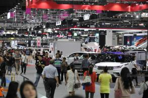 Total car sales in Thailand to drop 3.8% in 2019: Toyota