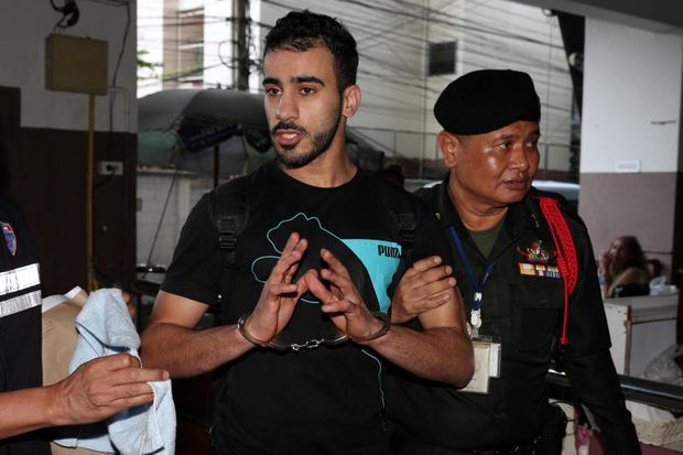 Former Bahrain soccer player Hakeem Al Araibi, who holds refugee status in Australia, at court in Bangkok, Thailand Dec 11, 2018. (Reuters file photo)