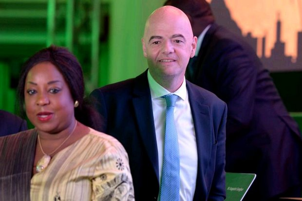 Fifa secretary general Fatma Samoura, seen here with Fifa president Gianni Infantino at a meeting in Egypt, has written to Prime Minister Prayut Chan-o-cha to request the release of Bahraini football player Hakeem al-Araibi. (AFP)