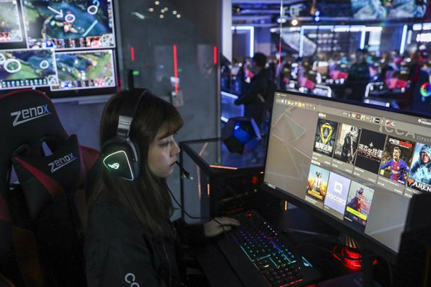 Hong Kong opens largest e-sports complex in Asia