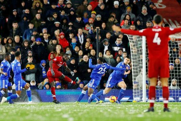 Liverpool held in title blow 86b268137adc0