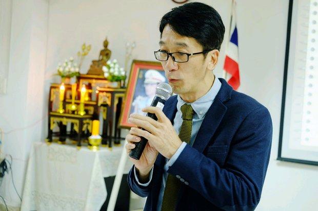 Prinya Thewanarumitkul, vice rector of Thammasat University, said a full welfare state can be achieve after needed tax reform to finance it. (Photo via pkru.ac.th)