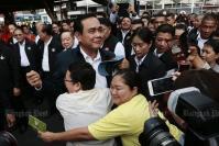 Bangkok Poll: Prayut top PM pick, Pheu Thai top party