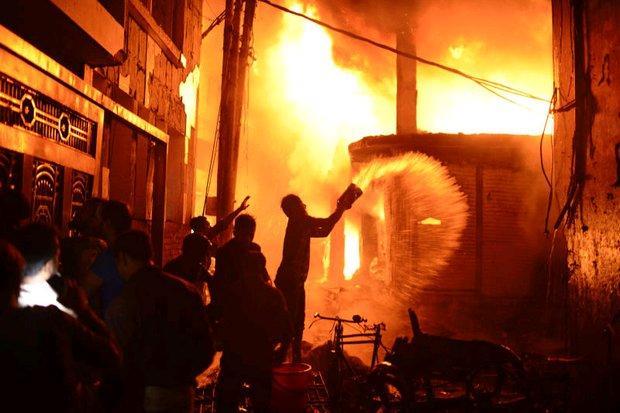 Fire in Dhaka kills dozens