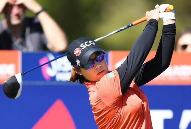 Shin birdies last hole to lead Honda LPGA Thailand after two rounds