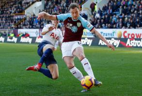 Burnley upset Spurs 2-1
