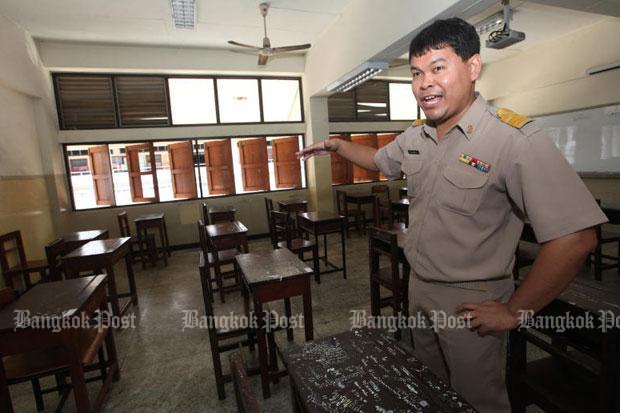 87 students apply to resit exam