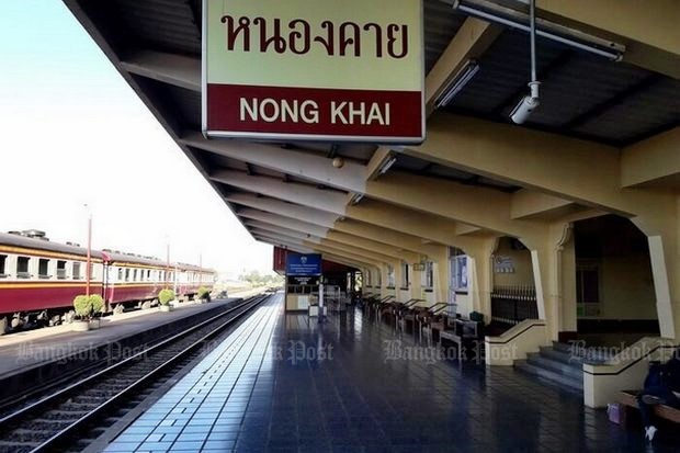 According to government projections, the Thai-Sino high speed train will go from Bangkok to Nong Khai, then across the Mekong and on to Vientiane by 2023. (File photo)