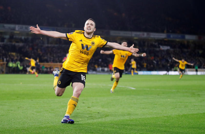Wolves beat Manchester United to reach FA Cup semis