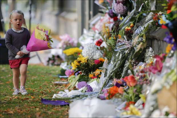 Mourners pay tribute to New Zealand's victims