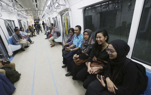 Subway first step in easing Jakarta's carmageddon