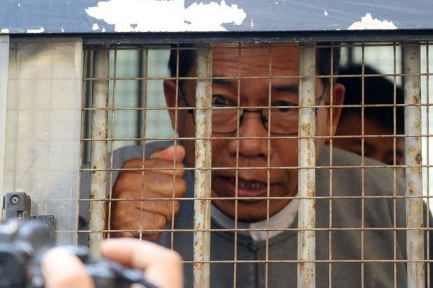 Myanmar court jails Rakhine leader for 20 years for treason