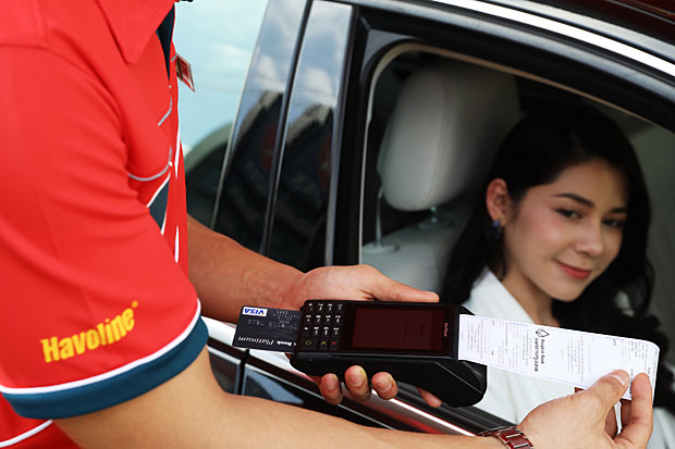 More Thais see cashless future