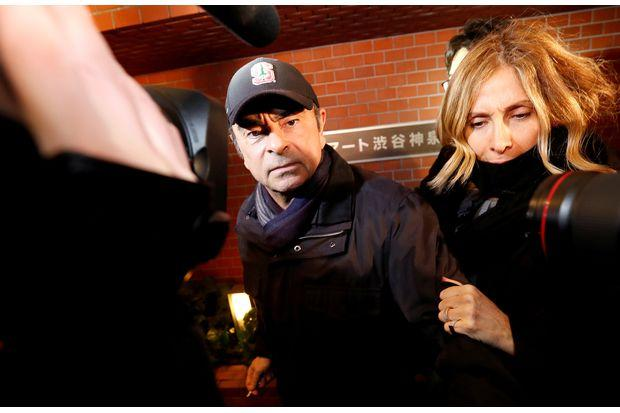 Carlos Ghosn's wife returns to Japan for questioning by prosecutors