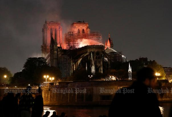 Shock, prayers around the world for Notre-Dame Cathedral
