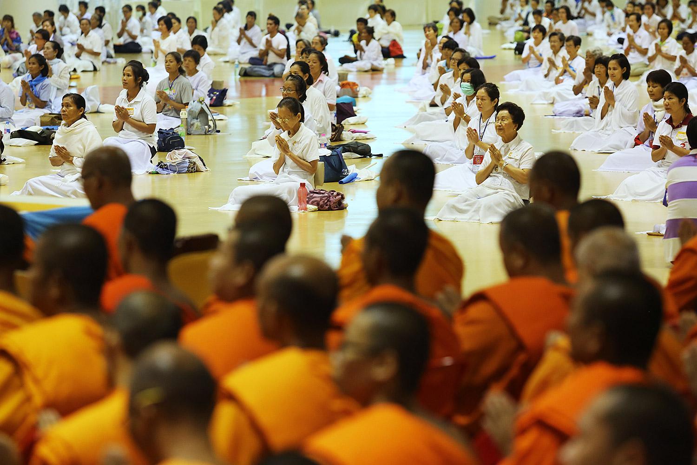 Dhammakaya abbot scandal