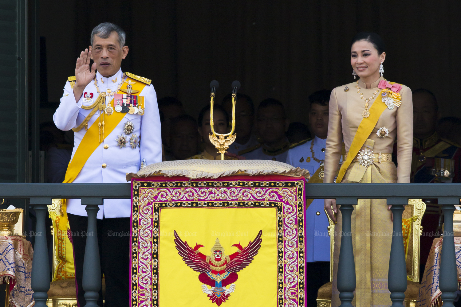 King, Queen to open parliament