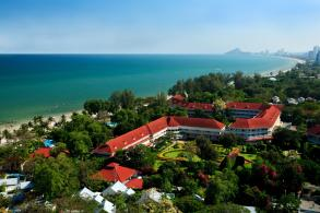 Hua Hin resort gets land lease reprieve for a year