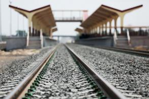 Man run over, killed by train at Bang Sue station