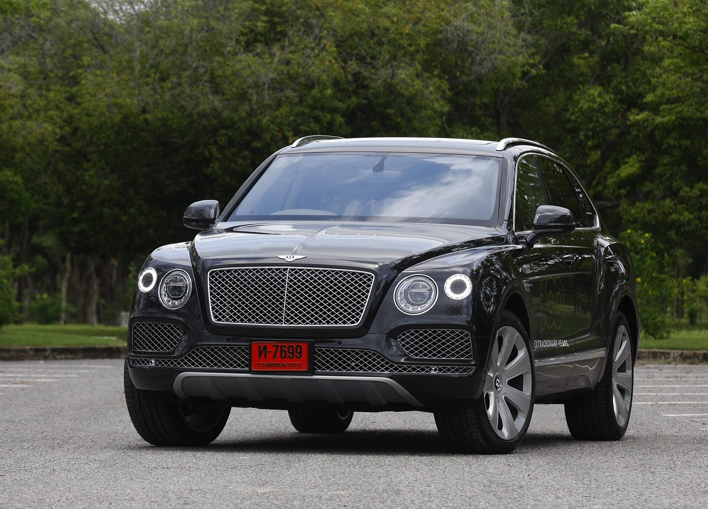 Bentley Bentayga V8 Petrol 2019 Review