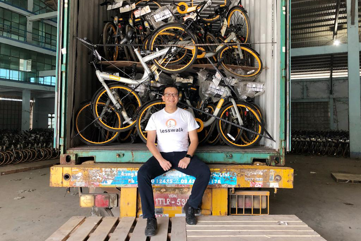 Mike Than Tun Win said that the bicycles he bought from Ofo and oBike in Singapore will be given for free to students living below poverty line in Myanmar and who need to walk 2 kilometres to school. (The Lesswalk Movement via TODAY photo)