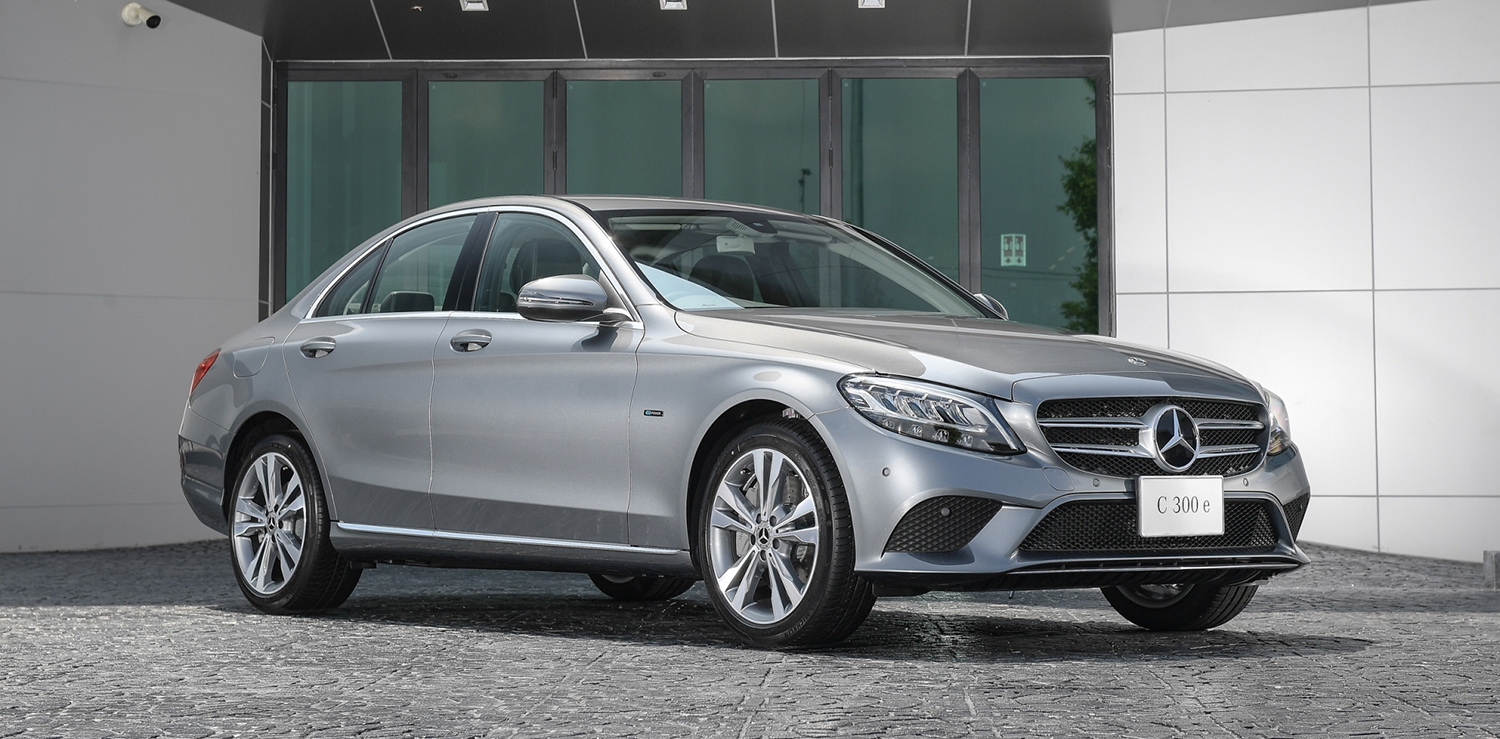 2019 Mercedes-Benz C300e plug-in hybrid: Thai prices and specs