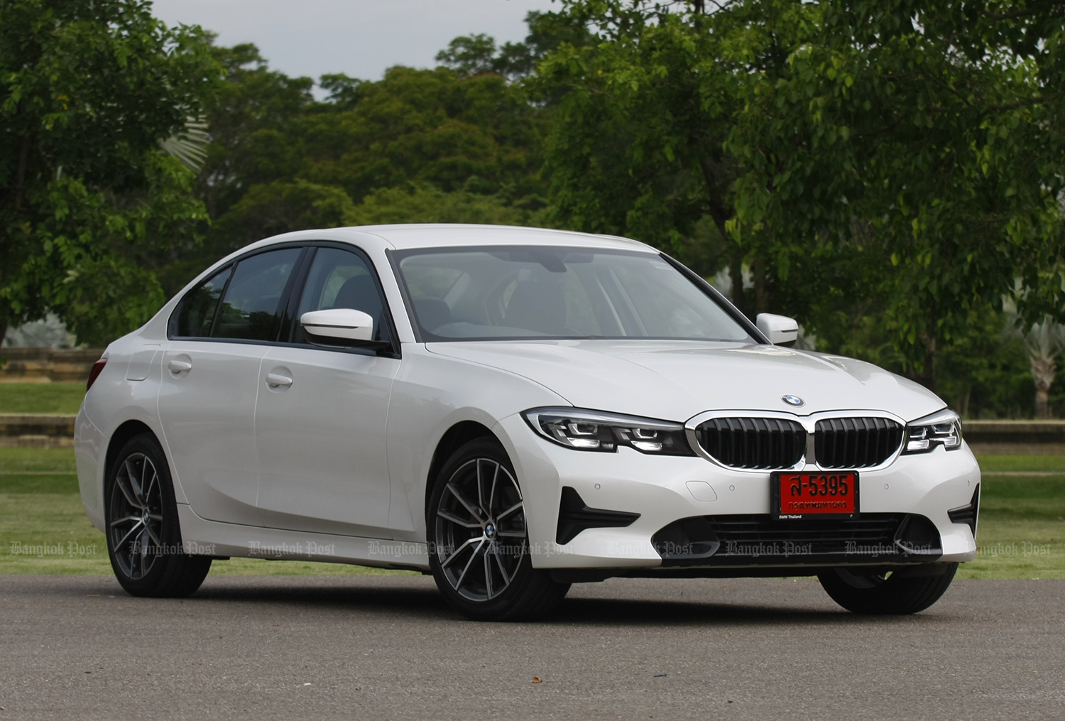 BMW 320d Sport (2019) review
