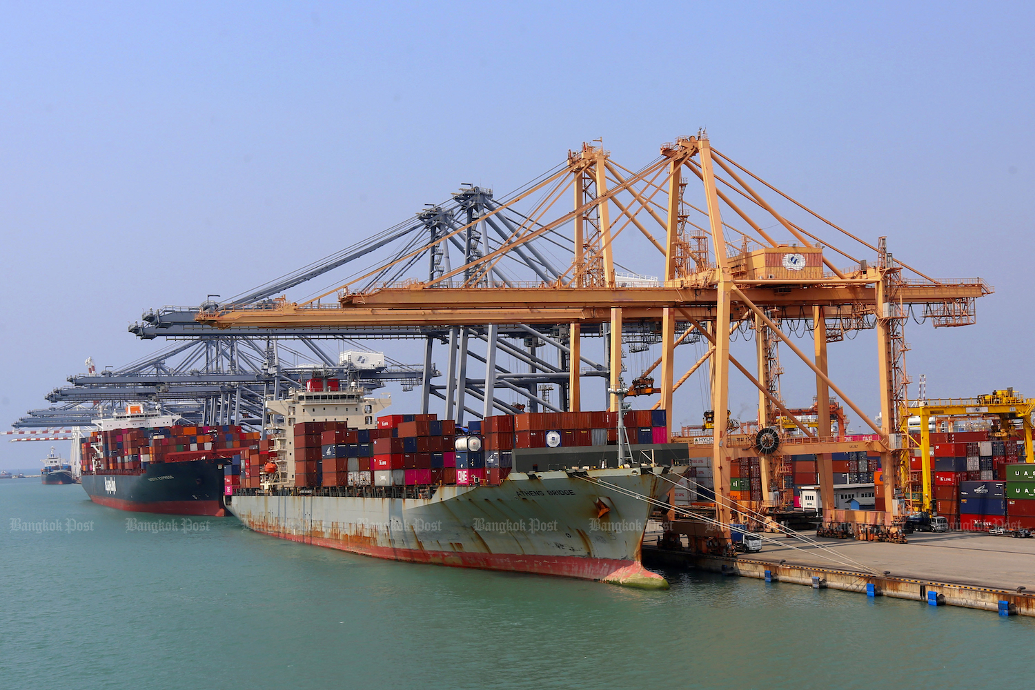 Containers are loaded onto a ship at Laem Chabang port in Chon Buri. (Post File Photo)
