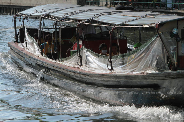 A passenger boat in Khlong Saen Saep in Bangkok last month. (Photo by Tawatchai Kemgumnerd)