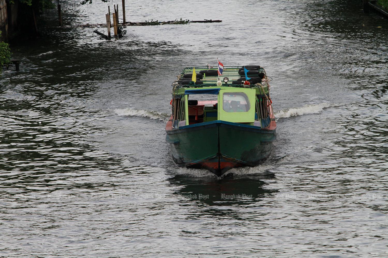 Free new Bangkok boat route begins trial