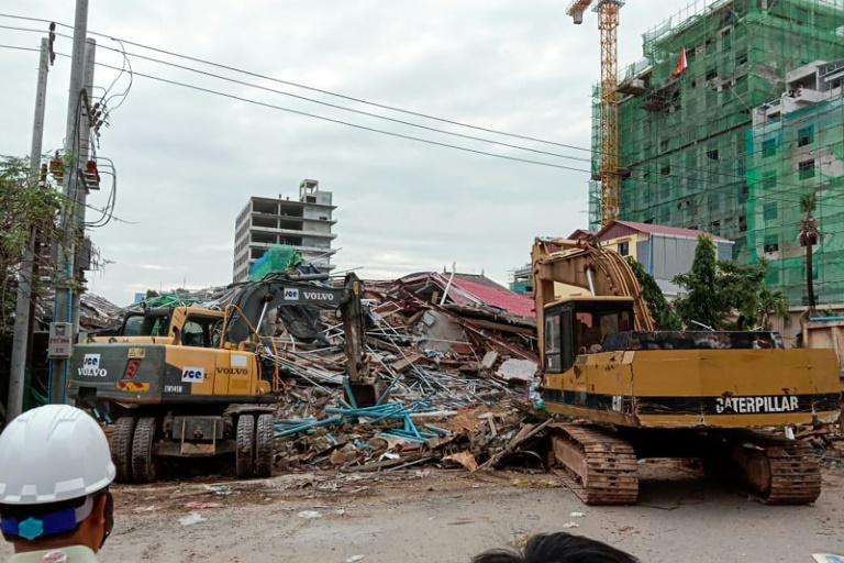 Death toll rises amid search at Cambodia building collapse site