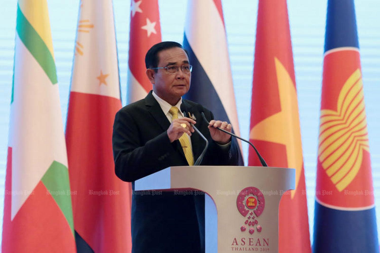 Prime Minister Prayut Chan-o-cha during his post-Asean Summit speech in Bangkok on Sunday. (Photo by Chanat Katanyu)