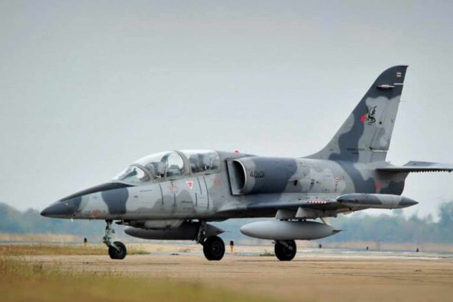 An L-39 jet trainer of the same make as the one that crashed in Chiang Mai on Thursday. (Photos supplied)