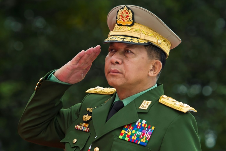 United States  bans Myanmar army chief over Rohingya 'ethnic cleansing'