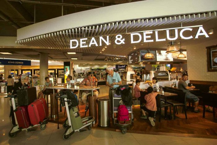 Pace splits Dean & DeLuca to stop losses