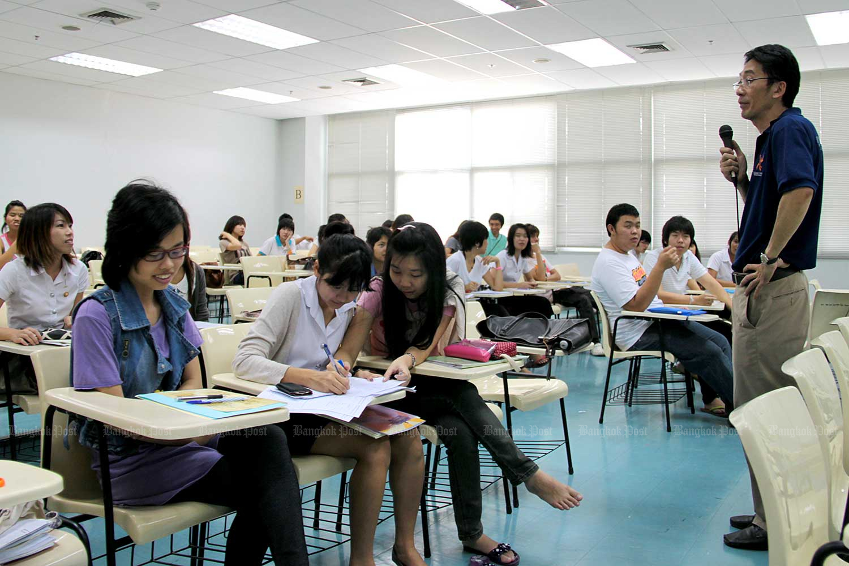 Universities need to adapt to digital disruption and shifting demographics. (Bangkok Post file photo)