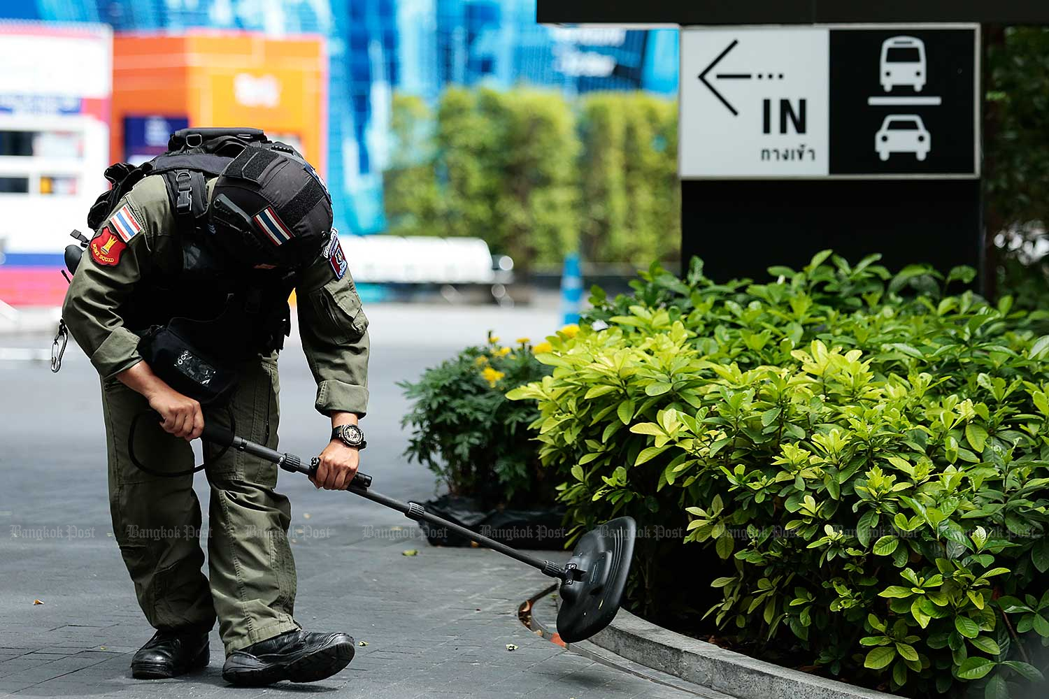 Police have dismissed that the bombings in Bangkok were in revenge for the death of a deep South suspected insurgent. (Bangkok Post file photo)