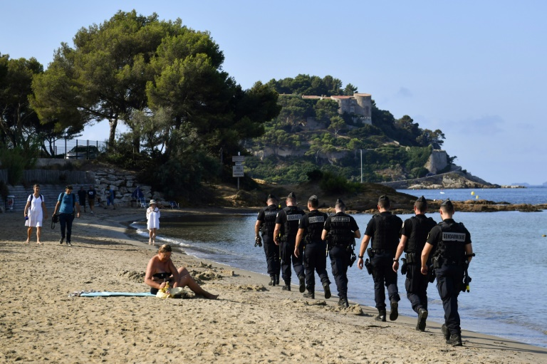 Glitzy French resort braces for G7 lockdown