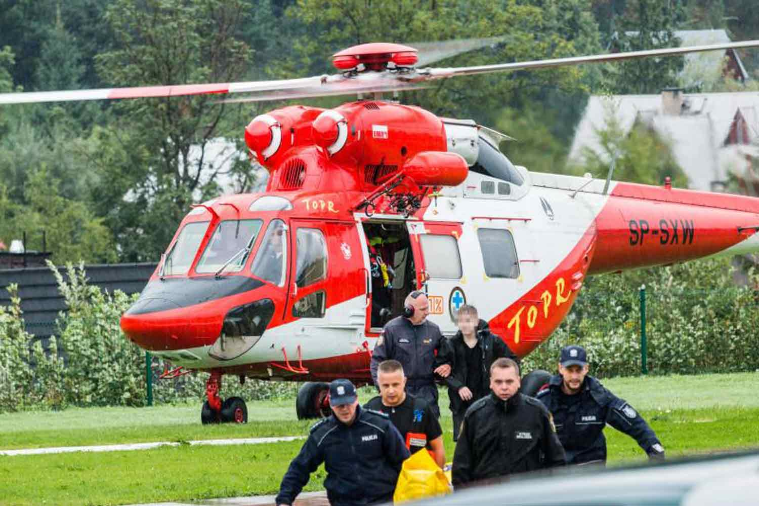 Lightning Strikes Kill 5, Injure Over 100 In Europe's Tatra Mountains