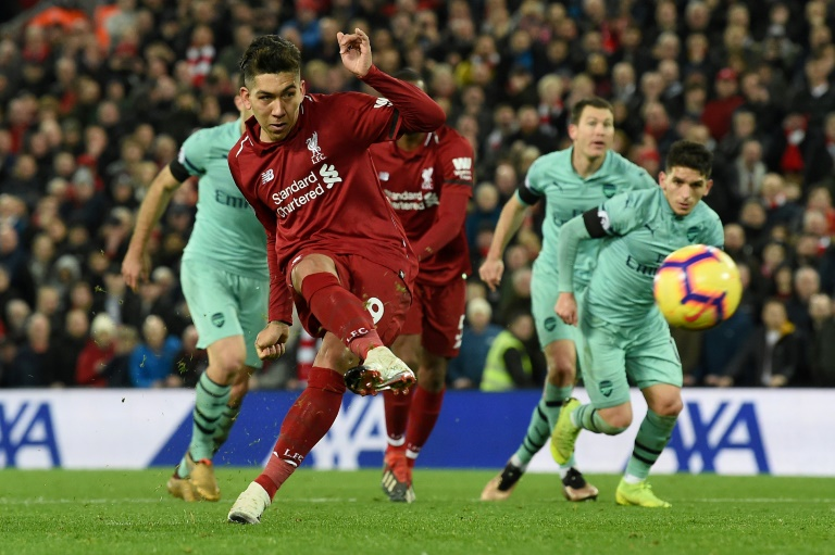 Arsenal out to close gap on Liverpool