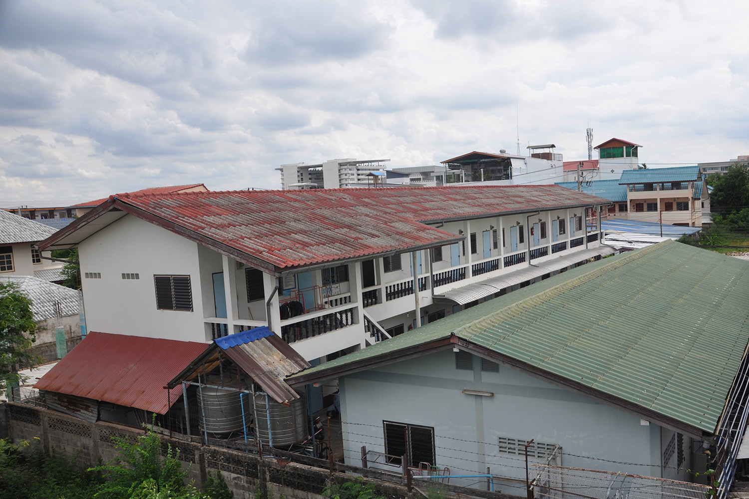 Korat dorms hit hard by drop in university enrolment