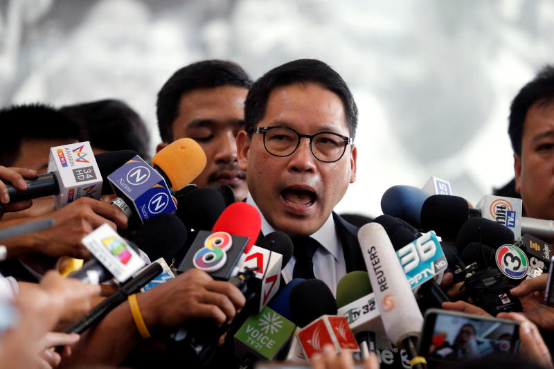 Uttama Savanayana, the Palang Pracharat Party leader, talks to reporters at the Democrat party head office in Bangkok on May 27, 2019. (Reuters file photo)