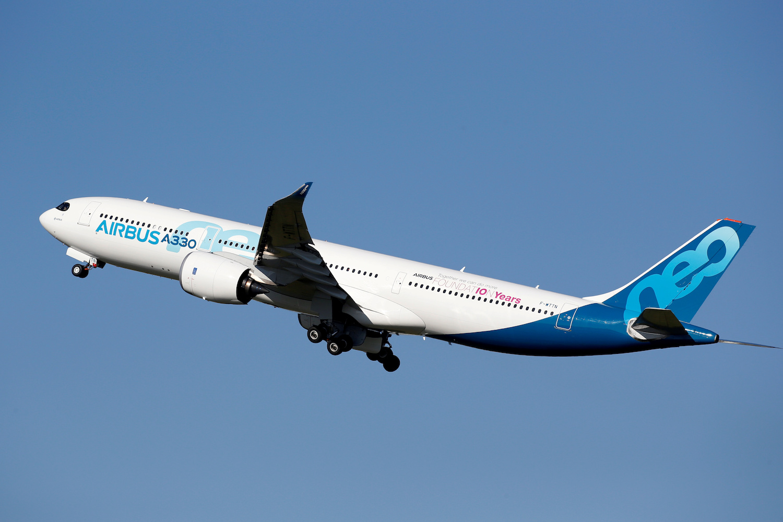 Airbus says AirAsia X places $5 billion order