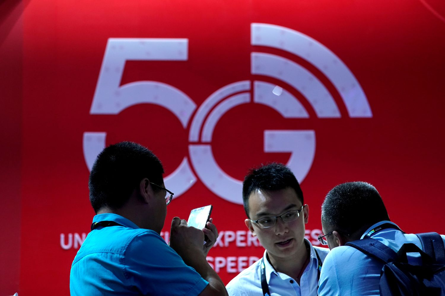 A sign advertising 5G is seen at CES (Consumer Electronics Show) Asia 2019 in Shanghai on June 11. (Reuters photo)
