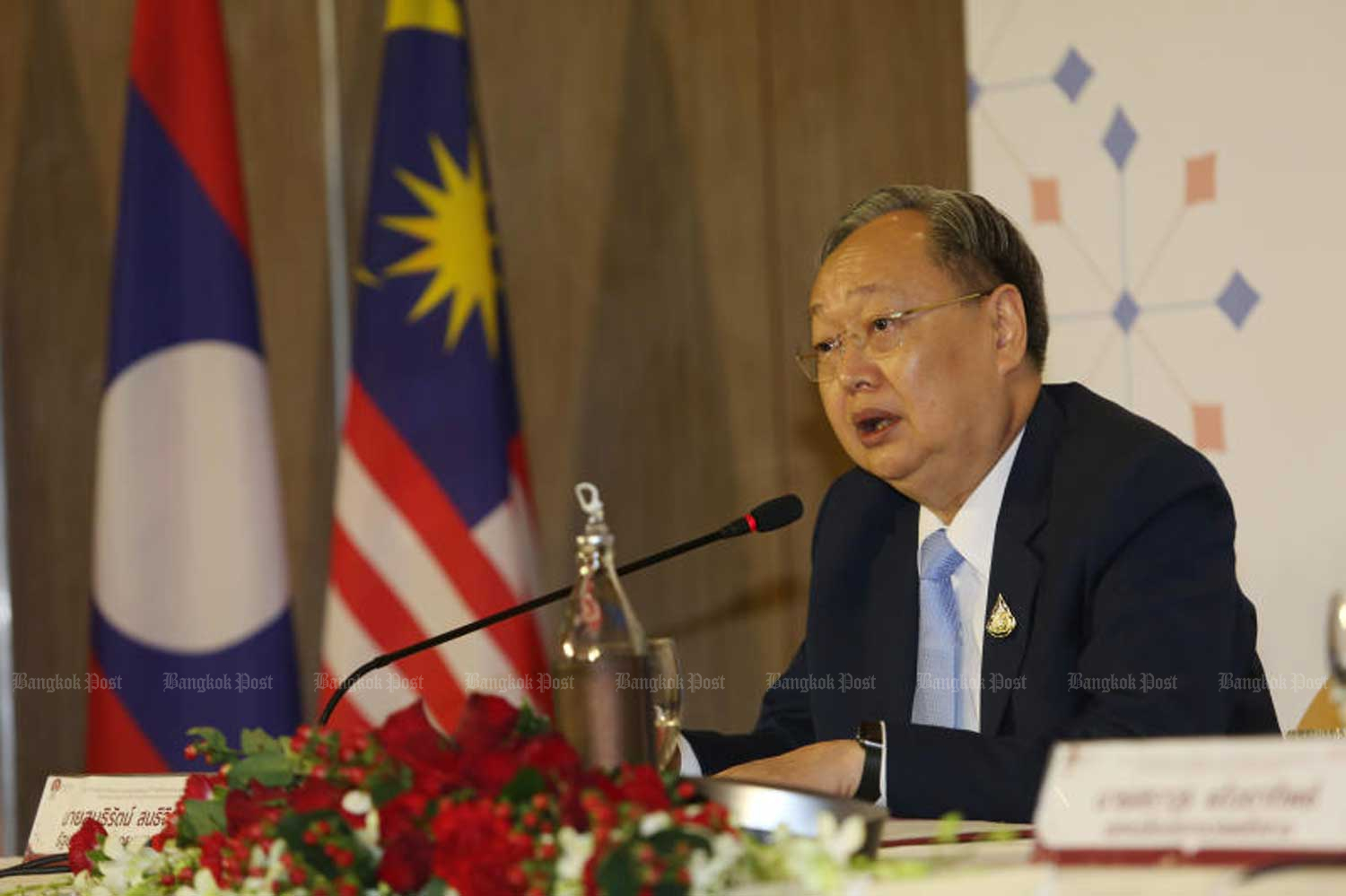 Energy Minister Sontirat Sontijirawong is at the 37th Asean Energy Business Forum in Bangkok on Aug 22. (File photo by Varuth Hirunyatheb)