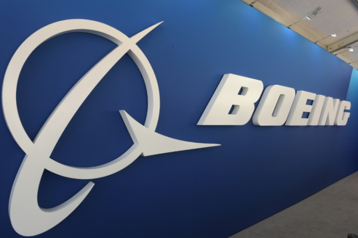 Boeing suspends testing of long-haul 777X