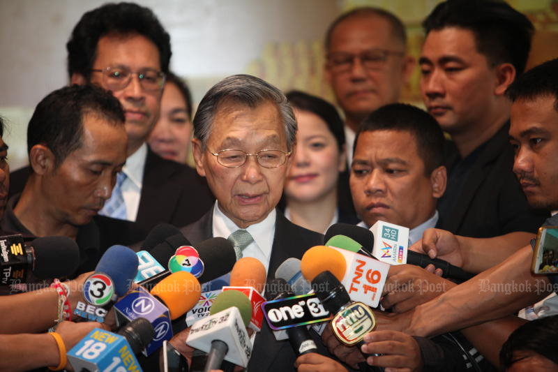 Parliament President Chuan Leekpai is to meet all members of House standing committees to remind them about spending rules. (Bangkok Post photo)