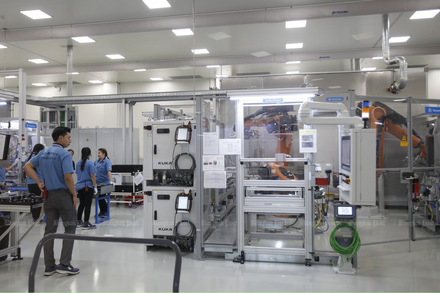 The high voltage battery production plant of BMW Group Manufacturing Thailand at WHA Chonburi Industrial Estate 2 on Sept 6. (Photo by Watcharawit Phudork)