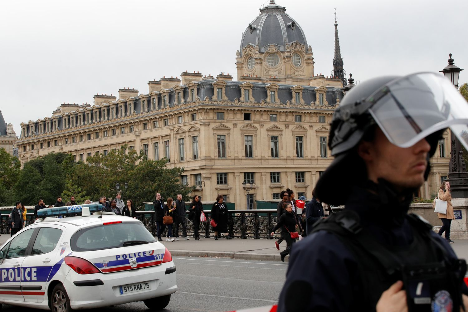 Four people killed after knife attack in headquarters of Paris police