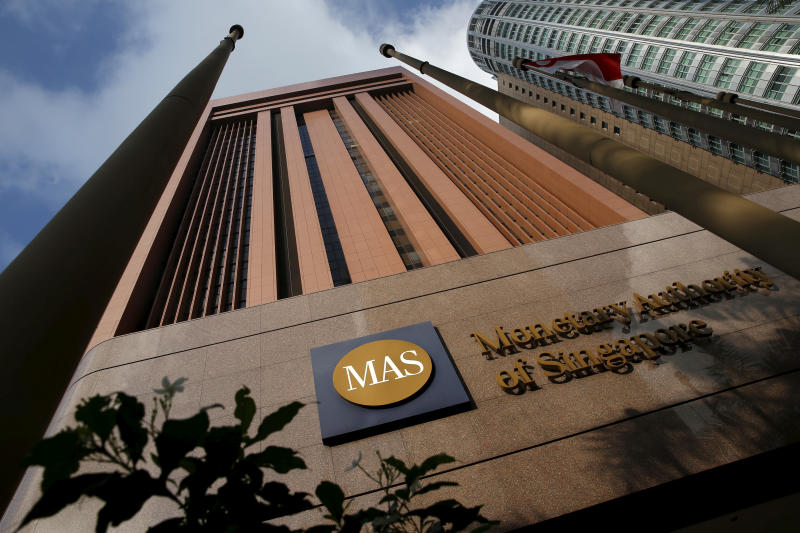 Singapore Central Bank Loosens Monetary Policy; Signals More Easing